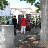 Platz der ehemaligen Synagoge mit Gedenkstein und Erläuterungstafeln in Schweinfurt, Foto: Dr. Rotraud Ries